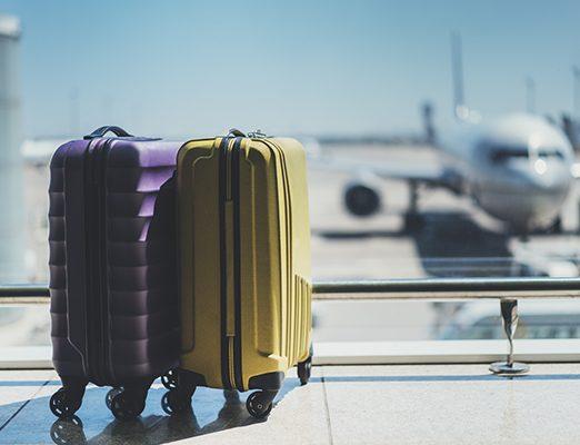 L'Icao vieta i bagagli a mano sugli aerei. Solo zaini e borse